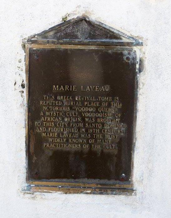 Tombe de Marie Laveau Blackisreallybeautiful may 2016 Nola